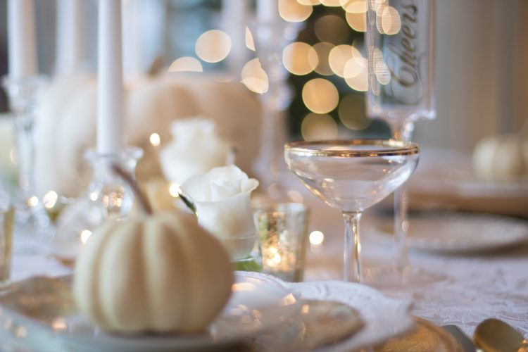 Holiday Decorating Ideas for Your Kitchen in 2020